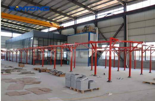 亚博竞技APP集团|全自动往复式喷涂生产流水线设备生产车间